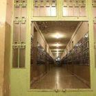 زندانی، میتواند نظام! را زندانی کند