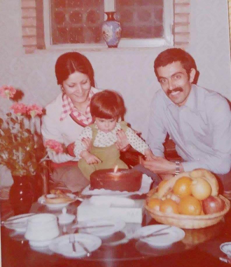 محمود علیزاده و همسر و دخترش