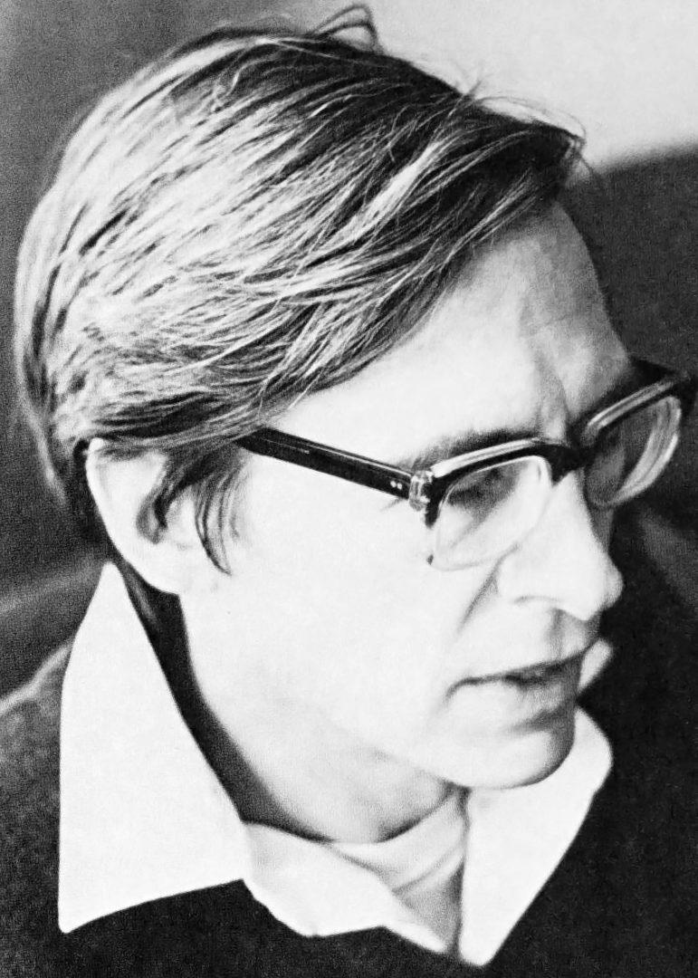 جان رالز (۱۹۷۱)، عکس از ویکیپدیا