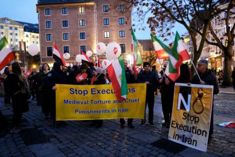 تجمع ضد اعدام در بروکسل - عکس از شاتراستاک. عکاس:  Alexandros Michailidis